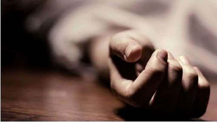 Maharashtra: 15-year-old girl hangs self as mother scolds her for playing mobile game