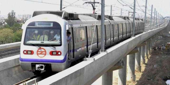 Delhi night curfew, delhi metro dmrc metro, delhi metro news latest, delhi metro entry essential cat