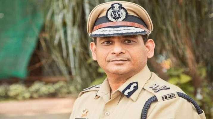 Mumbai, Mumbai Police Commissioner Hemant Nagrale, face shields, face masks, coronavirus pandemic, c