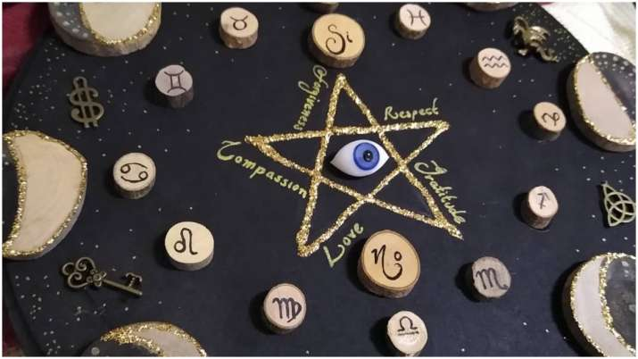 Horoscope 11 April: Sagittarius, Capricorn people will have a good day, know about other zodiac sign