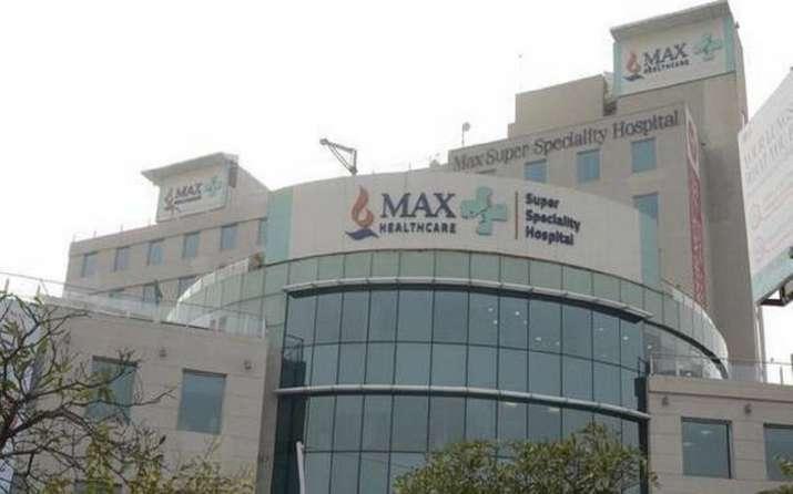 Delhi: Max hospital in Saket halts admissions due to oxygen