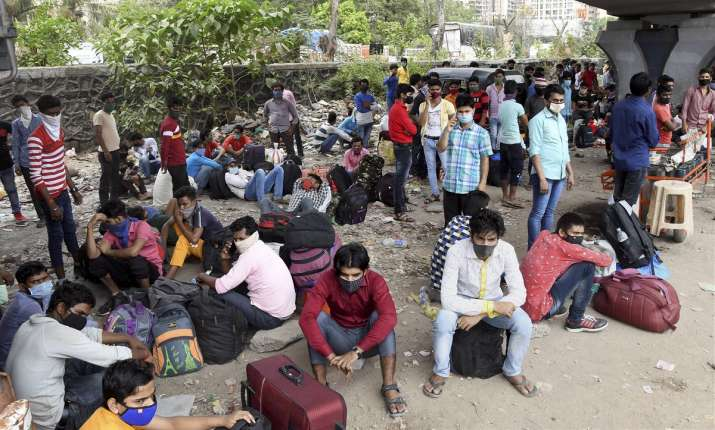 PMO alert as migrant workers start to return home from Mumbai, metro cities amid Covid-19 restrictio