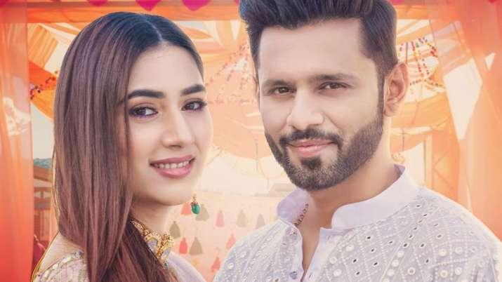 Devoleena asks Disha Parmar about her wedding date with Rahul Vaidya