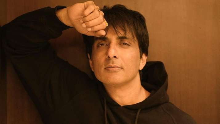 COVID-19: Sonu Sood request govt to provide free education to children who lost parents to virus
