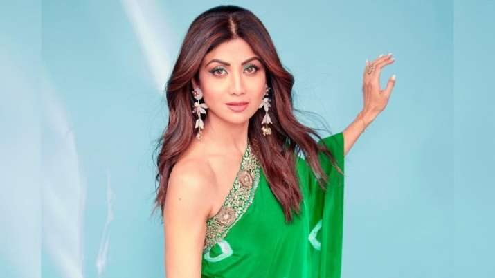 Shilpa Shetty urges fans to 'act on their goals'