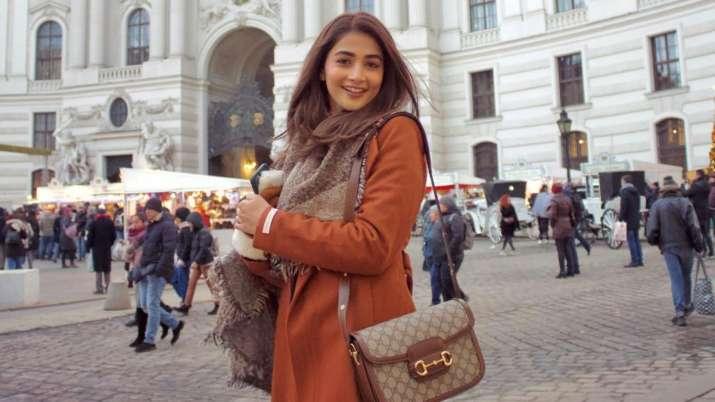 La actriz de 'Radhe Shyam' Pooja Hegde da positivo por COVID-19