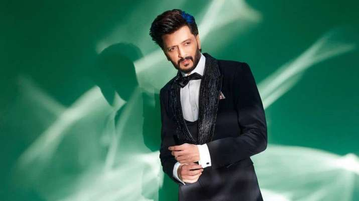Riteish Deshmukh delivers hilarious acceptance speech for 'not being nominated' for Best Actor