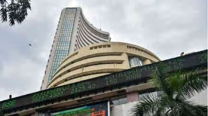 Equity benchmark Sensex tumbled over 400 points in early trade on Monday, dragged by losses in index