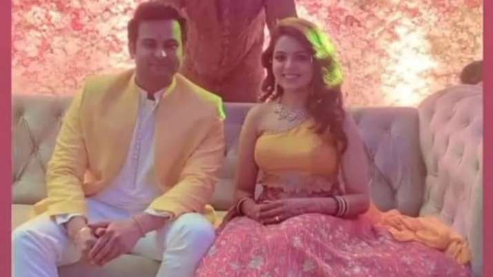 TKSS fame Sugandha Mishra, Dr Sanket Bhosale are now married. See their first pic as man & wife