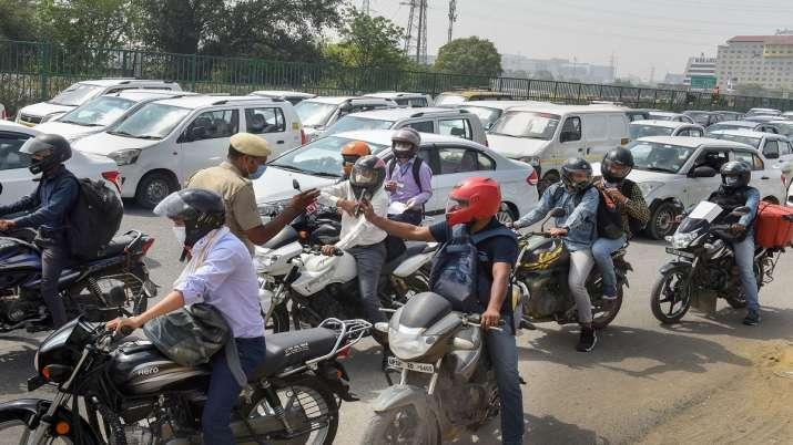 Traffic jam at Delhi- Gurugram Expressway amid checks at