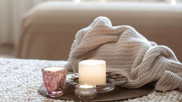 Vastu Shastra: Place candle in this direction of the house to remove negative energy