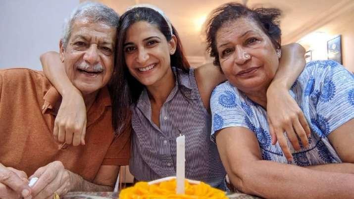 Dentro de la celebración del cumpleaños de Aahana Kumra con sus padres |  FOTOS