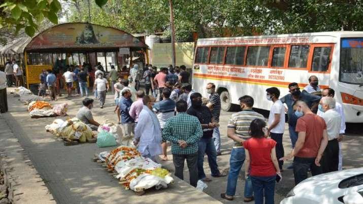 Long queues at cremation centres in Delhi