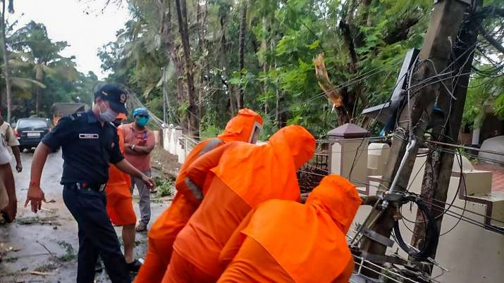 India Tv - Cyclone Tauktae, Maharashtra, Gujarat, Goa, Kerala