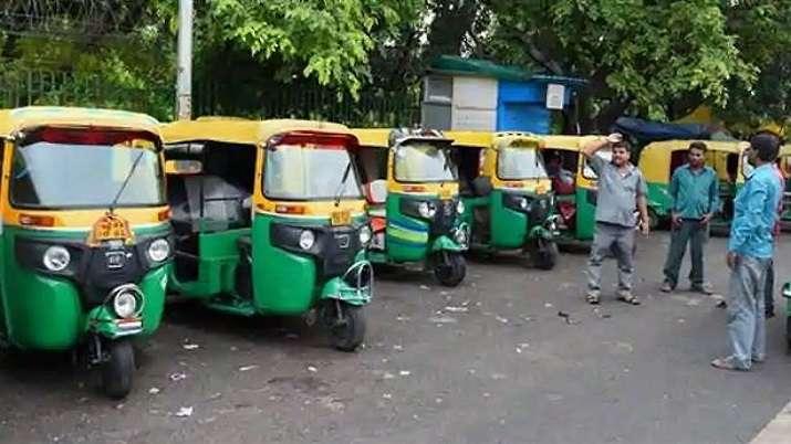 Delhi govt provides financial aid of Rs 5,000 to 1.5 lakh auto rickshaw, taxi drivers