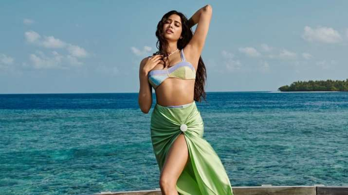 Janhvi Kapoor gives clarification about her latest Maldives photoshoot pictures