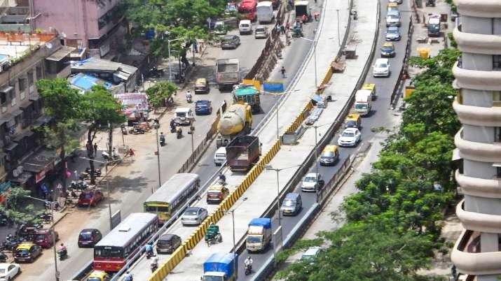 Stricter curbs in Mumbai if heavy traffic continues: Maharashtra CM Uddhav Thackeray