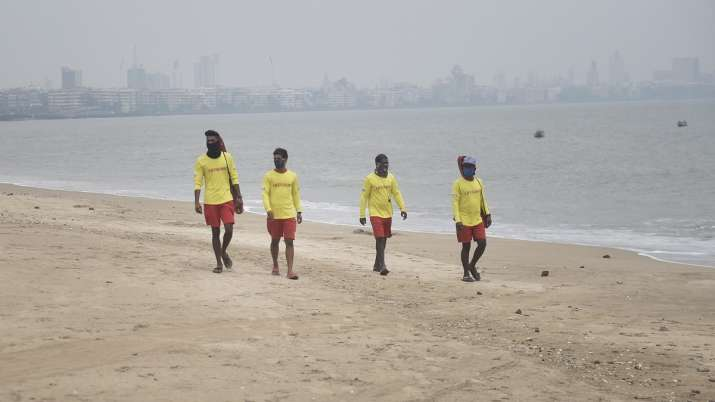 Lifeguards patrol at Girgaon Chowpatty due to formation of