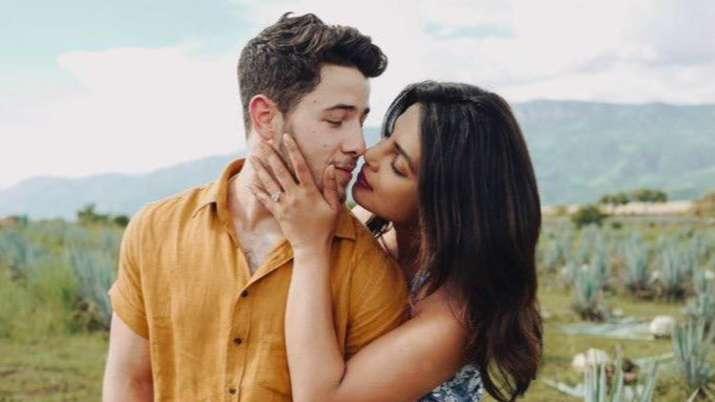 Couple affair! Priyanka Chopra steps in to assist injured husband Nick Jonas at Billboard Awards