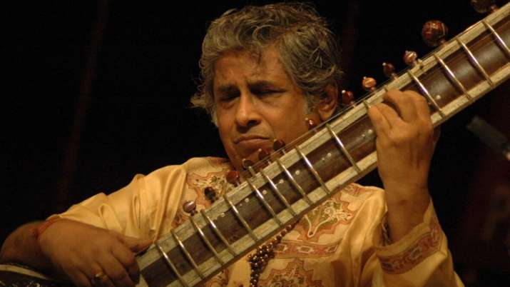 Sitar maestro Pandit Devabrata Chaudhuri passes away of Covid-19 complications