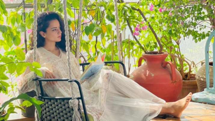 COVID-19: Kangana Ranaut demands people using oxygen to work on improving air quality