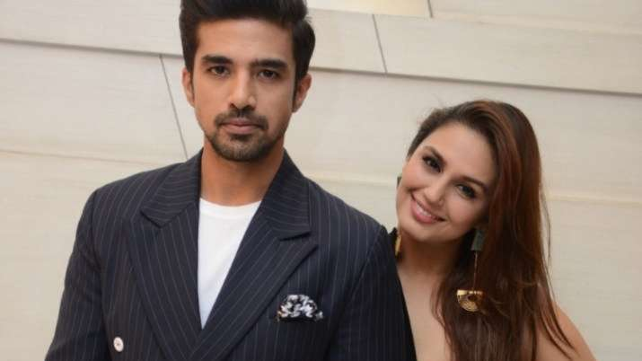 Huma Qureshi lauds brother Saqib Saleem for helping pregnant woman diagnosed with COVID-19