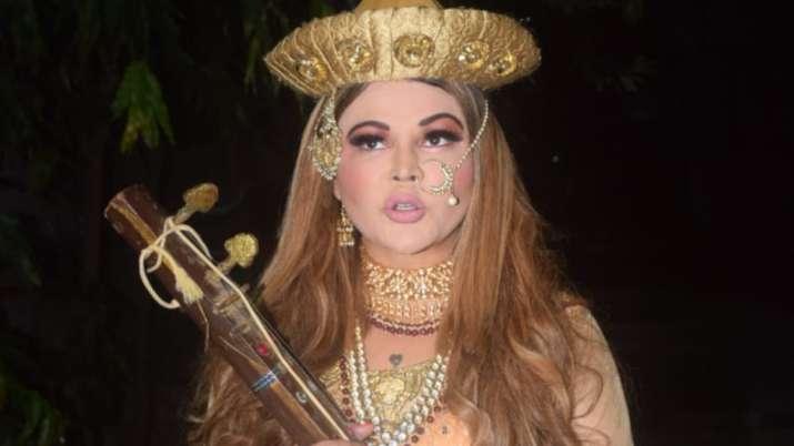 Rakhi Sawant dresses up as Mastani from Bajirao Mastani