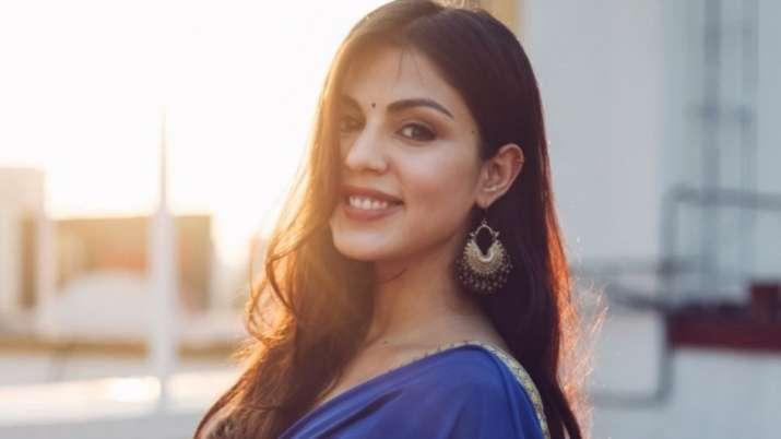 Rhea Chakraborty's uncle succumbs to Coronavirus
