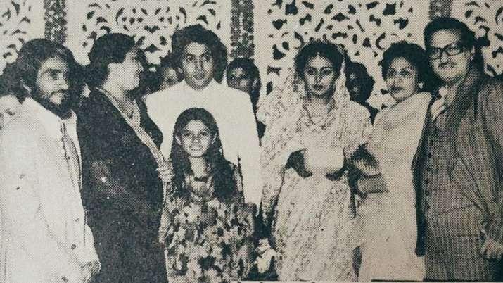 Unseen photo from Rishi Kapoor, Neetu's wedding, courtesy Raveena Tandon's throwback treasure