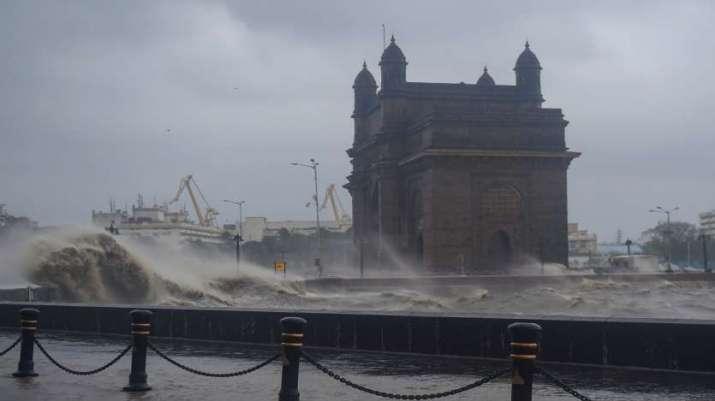cyclone tauktae, mumbai, gateway of india