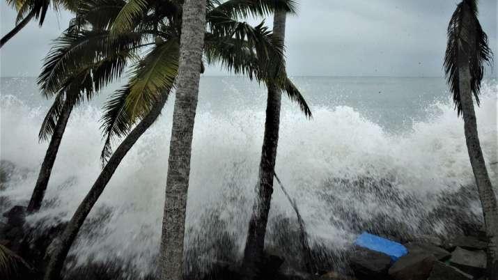 India Tv - Kochi, cyclone Tauktae