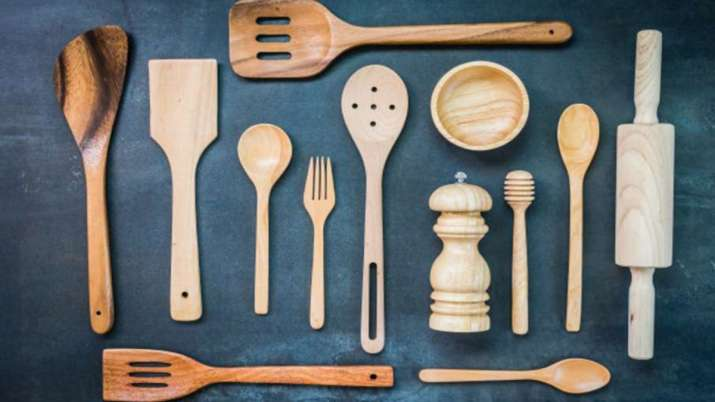 Vastu Tips: Never keep these type of utensils at home