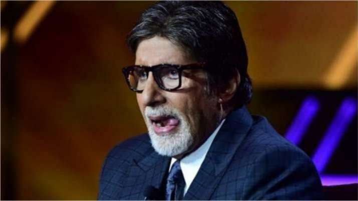 Amitabh Bachchan drives back to work, shares Monday motivation post on Instagram