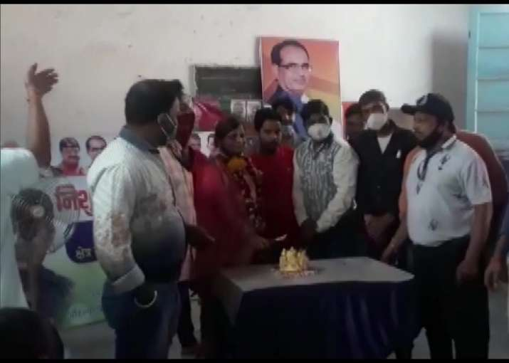 MP BJP leader holds birthday party in Indore Covid-19