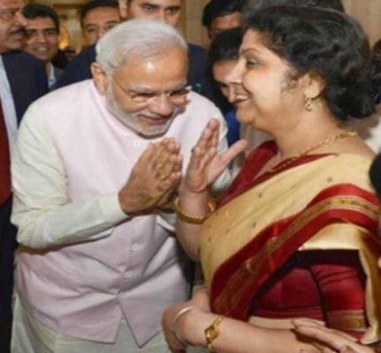 इंडिया टीवी - प्रसार भारती के पूर्व सीईओ ने शेयर की पीएम मोदी की मॉर्फ्ड तस्वीर