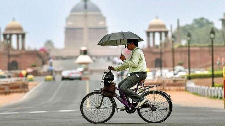 Delhi, humid morning, minimum temperature, 25.1 degrees Celsius, weather updates, DELHI WEATHER late