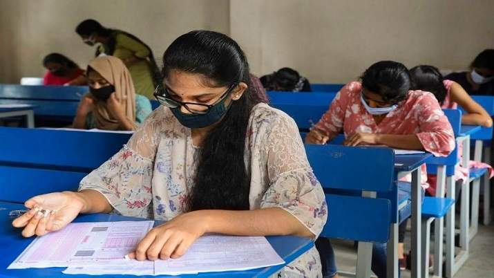 Around 35,000 students take DU's online open-book exams