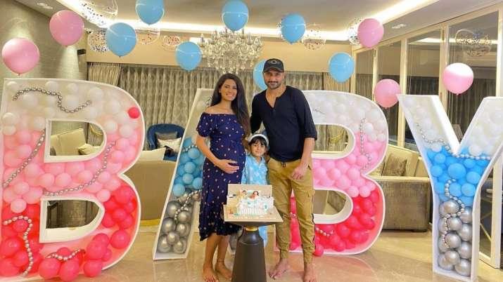 Geeta Basora surprise Harbhajan Singh baby shower was zoom call, photos of cake balloons