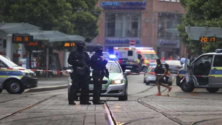 Barbarossaplatz square, Three dead, Germany knife attack, berlin, knife attack, crime news, latest u