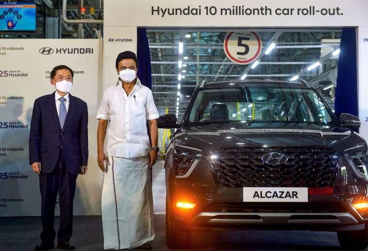 hyundai,hyundai 10 million cars,Alcazar,Hyundai Alcazar,hyundai tamil nadu plant,hyundai Sriperumbud