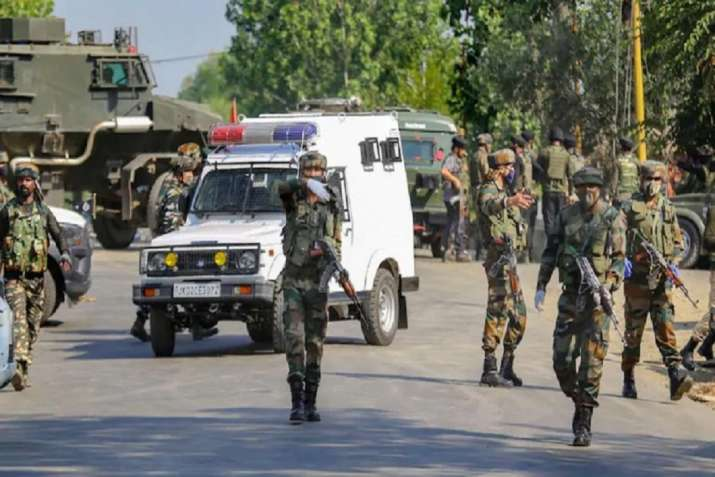 J&K: Terrorist killed in encounter with security forces in