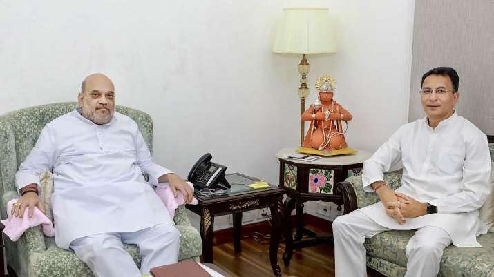 Former Congress leader Jitin Prasada (Right) who joined BJP.