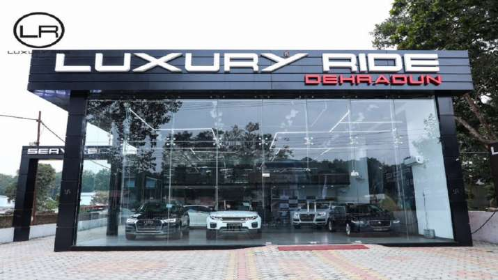 India Tv - Luxury Ride