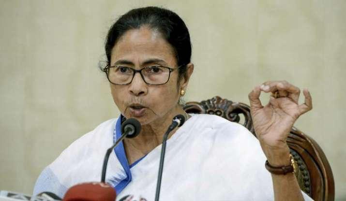 Mamata banerjee, former chief secretary Alapan Bandyopadhyay, Mamata banerjee supports Alapan Bandyo
