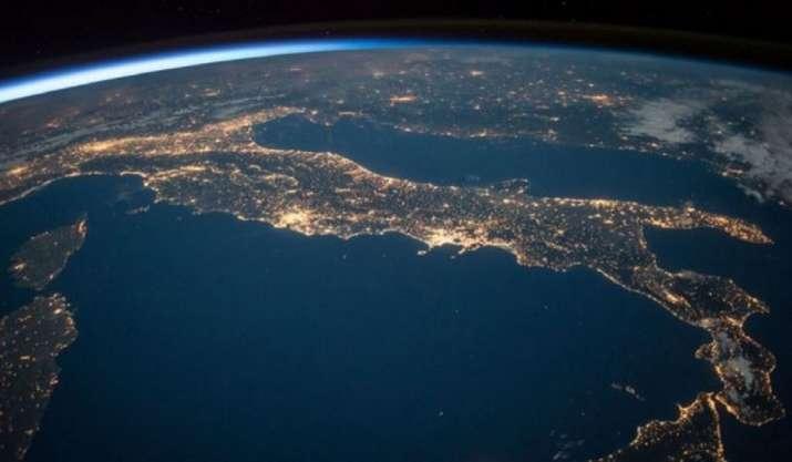 Scientists use NASA satellite data to track ocean