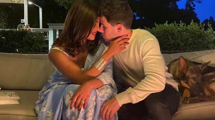 Nick Jonas shares mushy picture with his 'heart' Priyanka Chopra as he misses her in LA