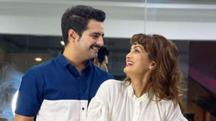 Karan Mehra-Nisha Rawal Case: Actor says wife Nisha Rawal 'smashed her head on wall' & blamed him