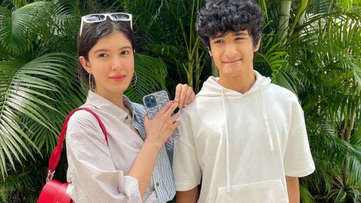 """Shanaya Kapoor's """"baby day"""" with her younger brother Jahaan, Navya Nanda calls her pretty"""