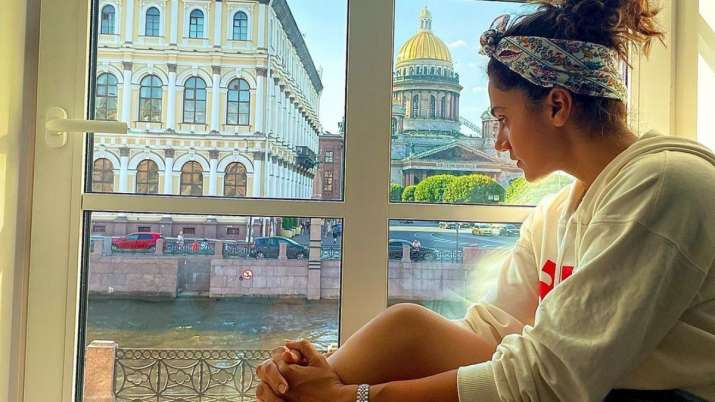 """Taapsee Pannu's Russian holiday ends with a photographic vision: """"It's time to collect bags"""""""