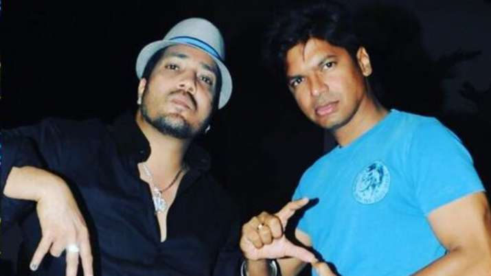 Mika Singh Birthday: Shaan wishes his 'closest and craziest bro' with fun throwback pictures
